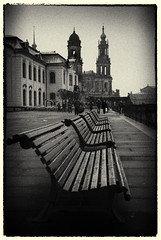 Dresden (manganite) Tags: street people urban bw white black monochrome sepia vintage germany dark bench geotagged dresden blackwhite nikon warm europe cityscape tl furniture iso400 framed saxony grain streetphotography frame d200 noise toned vignette f28 urbanlandscape lightroom nikond200 2875mmf28 manganite 1250sec date:day=17 silverefexpro 1250secatf28 date:month=mrz date:year=2011 geo:lon=1374229 geo:lat=51053594