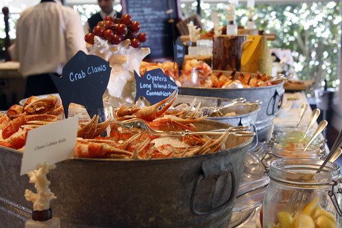 seasons-seafooddisplay3