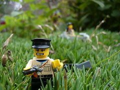 Jerry's on the run (Rebla) Tags: lego wwii jerry german ww2 british luger brengun p08 brickarms bmw750cc