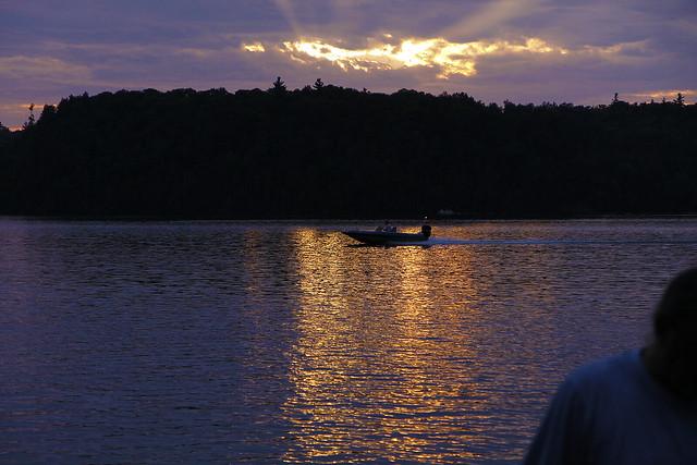 sunset streak boat2
