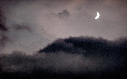 365-028_Moon & Clouds