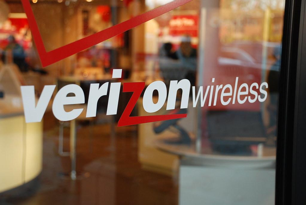 Verizon Door Sign