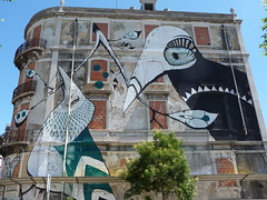 Crono Project: Lucy McLauchlan (October 2010) (bella.m) Tags: streetart art portugal birds painting graffiti europe lisboa lisbon spray urbanart aerosol bombing lucymclauchlan avfontespereirademelo cronoproject
