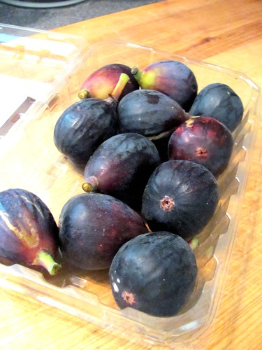 Fine Cooking's Roasted Figs with Caramel