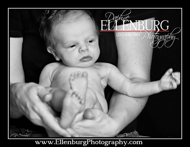 fb 11-07-01 Baby Evan Sneak Peek-03a