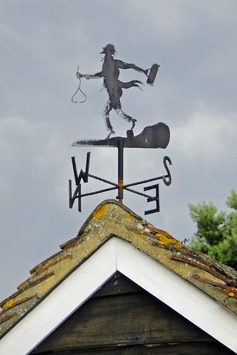 roof bag near garage surrey doctor tiles redhill weathervane stethoscope homevisit nutfield drfoster sonydsctx5