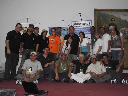 Team Ubuntu en el  V Aniversario de Ubuntu-Ve y 1er ENCL