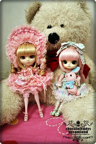 Lolita Girl with teddy