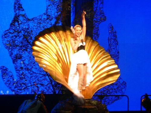 goddess in a half-shell