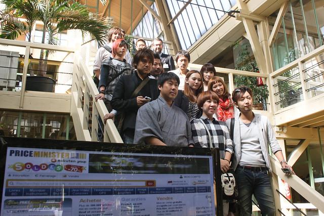 Groupe des vendeurs japonais en visite chez PRICEMINISTER