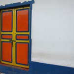 "Door <a style=""margin-left:10px; font-size:0.8em;"" href=""http://www.flickr.com/photos/14315427@N00/5923642179/"" target=""_blank"">@flickr</a>"