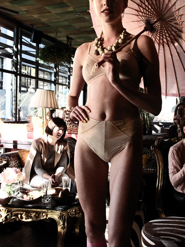 Huit8 Paris lingerie Launch Sydney, Model in Lingerie with Pink Umbrella