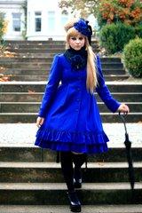 Moitie blue coat