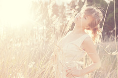 Reeds (Risto Takala) Tags: summer girl field fashion hame kes auringonlasku tytt muoti aurinkoinen mekko vaate ristotakalacom
