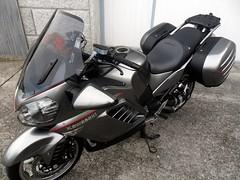 Kawasaki 1400 GTR con asiento tapizado en nuestro taller (Tapizados y gel para asientos de moto) Tags: moto gel letras asiento sillin tapizado tapizar kawasaki1400gtr