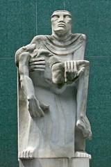 Piet by Jacob Epstein, 1956, TUC Congress House, London (mira66) Tags: sculpture london statue tuc epstein publicsculpture piet gwuk guessedbysimonk