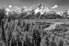 Snake River at the Grand Tetons, Wyoming, USA (Christopher Brian's Photography) Tags: blackandwhite bw usa mountains clouds wyoming grandtetons canonef2470mmf28lusm anseladams grandtetonnationalpark landscapephotography canoneos7d