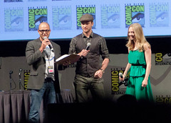 Justin Timberlake and Amanda Seyfried For In Time Panel (uncle_shoggoth) Tags: justin amanda comics san sandiego time timberlake diego andrew convention comiccon damon geeky justintimberlake sdcc in intime seyfried andrewniccol niccol amandaseyfried damonlindelof lindelof