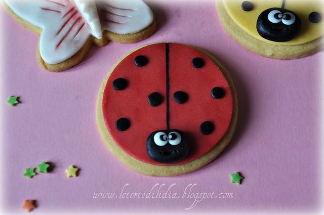 Biscotti decorati: Coccinella