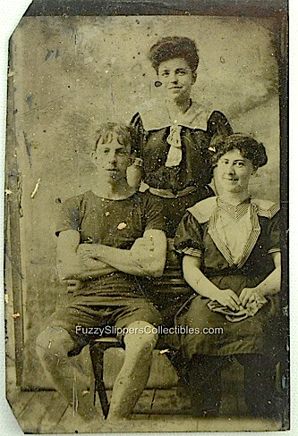 1910 Antique Beach Trio