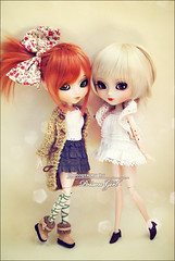 Gillian & Audrey - Pullip Kaela & Stica (-Poison Girl-) Tags: new white green girl hair ginger eyes doll dolls eyelashes pale redhead audrey wig carrot groove pullip gillian poison kaela pullips poisongirl eyechips junplanning rewigged obitsubody stica rechipped sbhm pullipstica pullipkaela