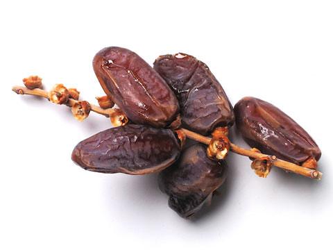 5980463968 893d55c489 khasiat buah kurma di bulan ramadhan dan tips memilih buah kurma