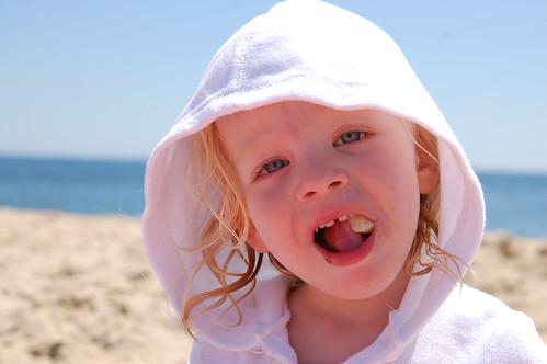 053 Mckenzie beach