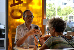 At the TIFF Canteen (John Elmslie) Tags: street toronto king restaurants couples handheld canteen tiff phones