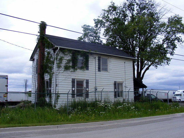 Old house on the old Albion Road alignment, Claireville
