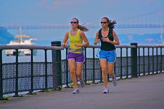 park bridge newyork sunglasses river couple manhattan running hudsonriver jogging riversidepark georgewashingtonbridge