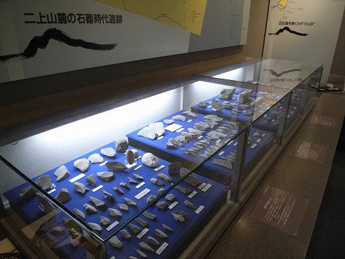 旧石器文化の3種の石の博物館『二上山博物館』@香芝市