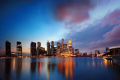 30 Seconds to Sundown (Filan) Tags: skyline nikon scenery singapore kiss nightscape shot citylights slowshutter cbd nightscene bluehour nikkor fx magical d3 mbs centralbusinessdistrict skypark filan inspiredbylove singaporenight nitescape skyscrapercity the4elements skylinesingapore singaporenightrace singaporeafinecity ferrarisingapore sandsskypard