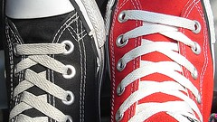 Converse (Geral Lunar) Tags: red black shoes converse