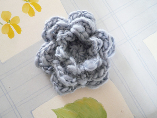 Blue chunky flower