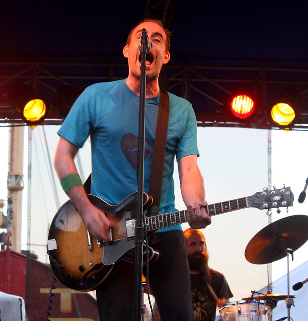 Ted Leo and the Pharmacists at the 4Knots kickoff party