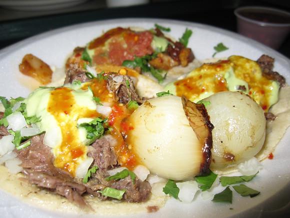 Tacos de Cabeza (Head Meat Tacos!)