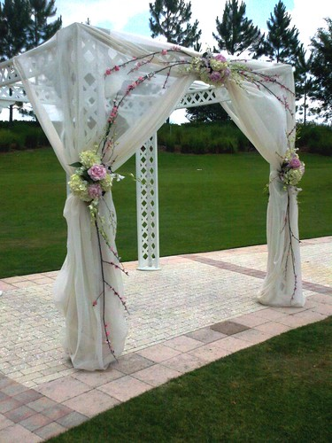 Nice Wedding Arbor #1: 5941613331_6cacc35d87.jpg