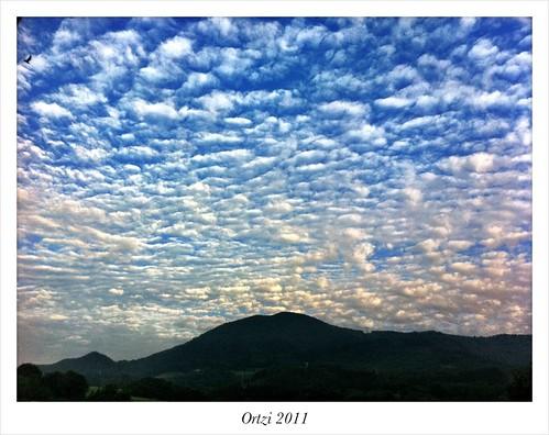 Sky by www.ortziomenaka.com