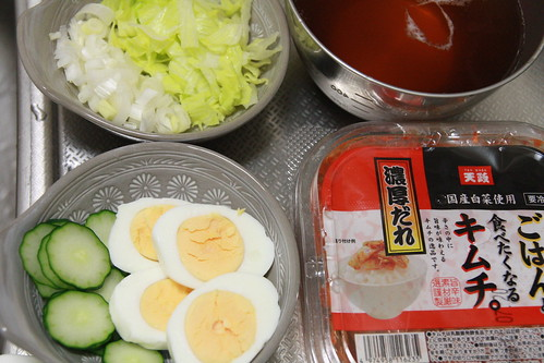 盛岡冷麺のトッピング