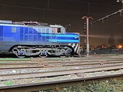 De perfil, la vieja...DOA vieja (El Sirio) Tags: chile tren locomotive breda efe rancagua ferrocarril e32 fepasa marelli