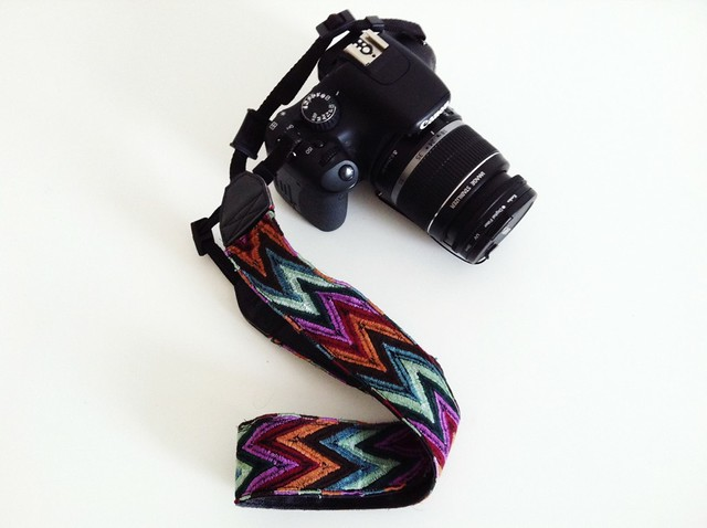 {diy} customized camera strap - in a flash!