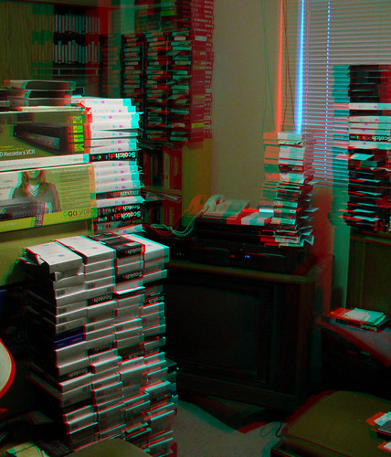 stereogram stereophotography 3d mess anaglyph hoarding stereo disaster messy tapes videotapes vhs messyroom dubois disasterarea stereoscopy redcyan hoarders