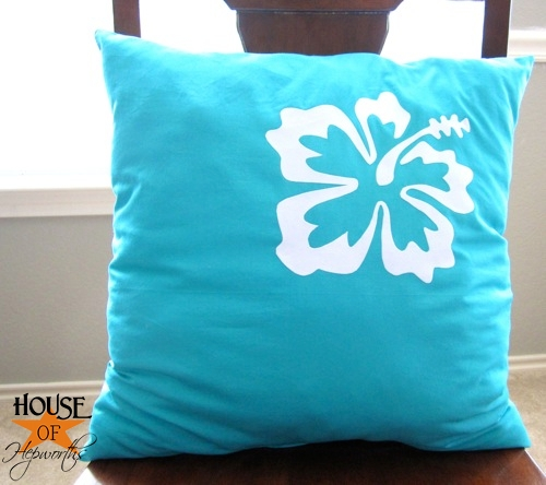 HoH_hibiscus_blue_pillow_13