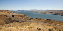 Road Trip 2 - Columbia River (FarhadFarhad .(Farhad Jahanbani)) Tags: park bridge usa lake river washington ginkgo state columbia eastern vantage wanapum