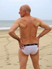 Royan La Palmyre 260 (bernard-paris) Tags: beach sable plage naturisme nudebeach royan lapalmyre plagenaturiste