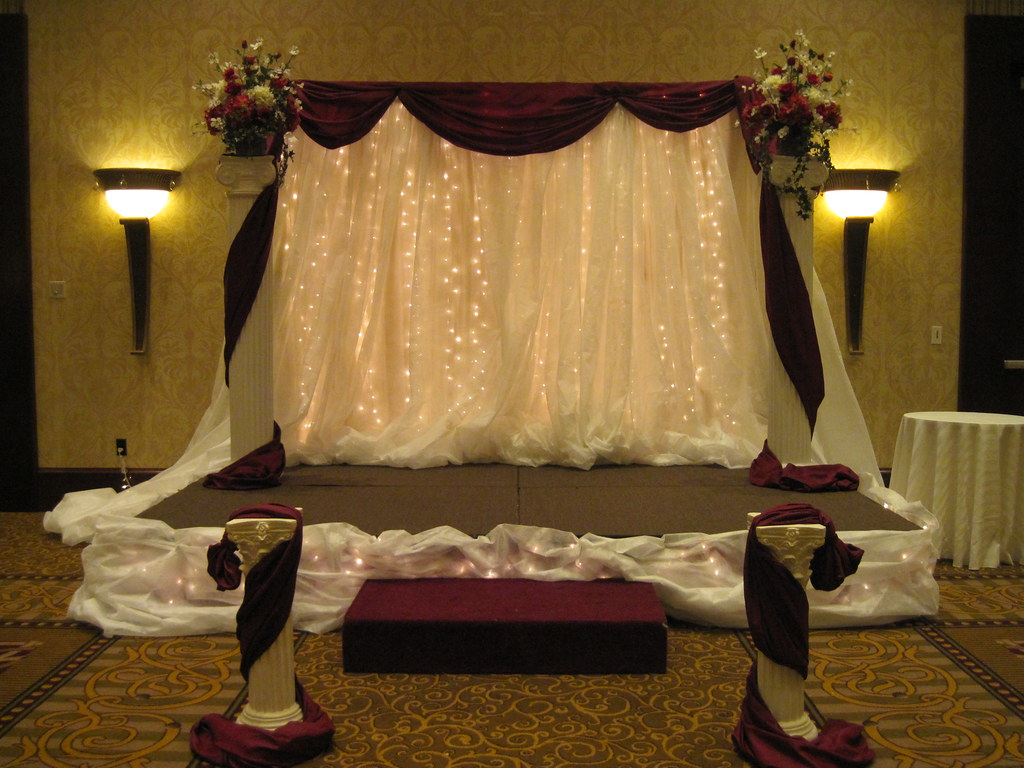 wedding stage by Gold Events