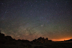The Surreal Milky Way over Alabama Hills (Dave Toussaint (www.photographersnature.com)) Tags: california ca travel sky usa nature june rock night speed photoshop canon landscape star photo interestingness interesting skies glow photographer slow cs2 picture sierra iso clear explore adobe 25 shutter granite second geology sierras southerncalifornia sierranevada hwy395 lonepine eastern f28 milkyway adjust easternsierras infocus highway395 alabamahills 6400 2011 llongexposure denoise 40d topazlabs photographersnaturecom davetoussaint regionwide photoengine mygearandme mygearandmepremium mygearandmebronze mygearandmesilver mygearandmegold mygearandmeplatinum ringexcellence
