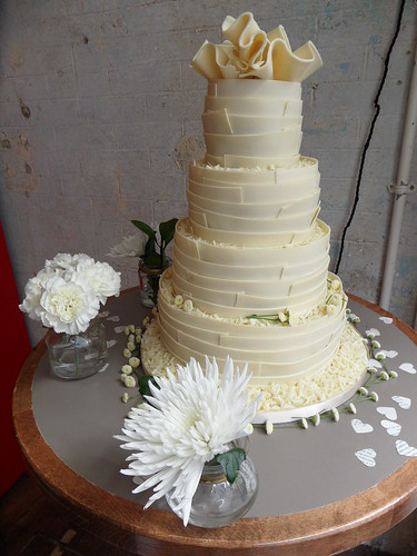 Cakes for a white cream platinum or grey wedding can range from simple