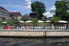 Beach front... (caribb) Tags: city travel vacation people urban berlin sunshine river germany deutschland vacances relaxing stadt alemania tyskland allemagne centrum germania duitsland suntanning voyages almanya niemcy nmetorszg stedelijke  nmecko