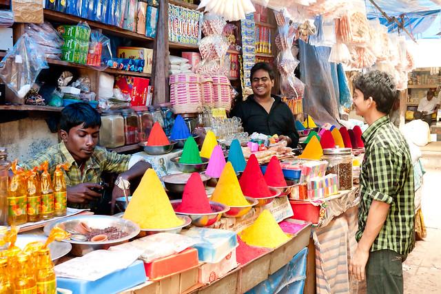 Pigment stand at Devaraja Market in Mysore